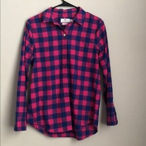 2 Vineyard Vines Women's Pink/Blue Plaid Button Up